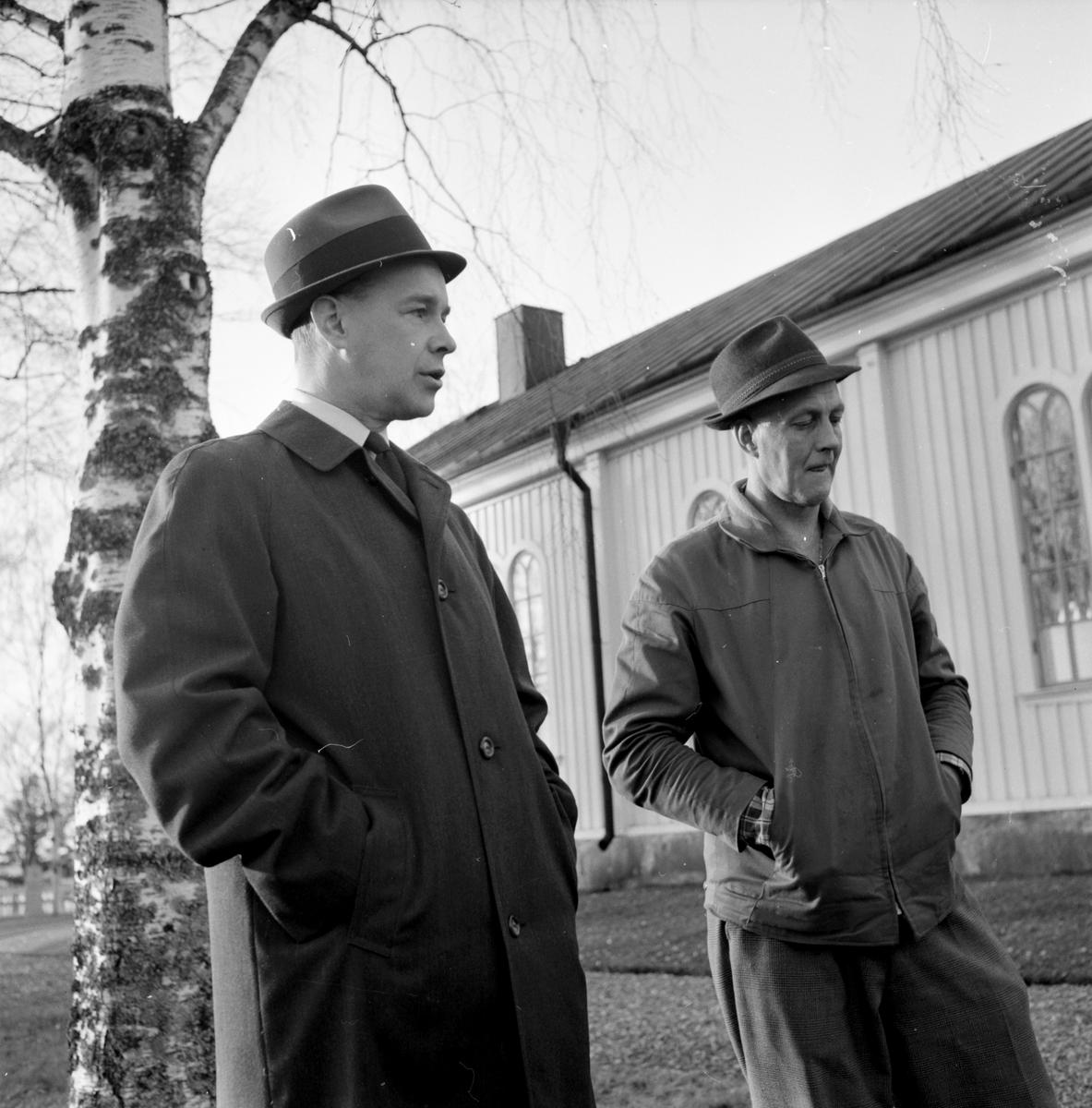 Lingbo Kyrkan, Pastor Almgren, Vaktm. Melker Westin, 30 Okt 1964