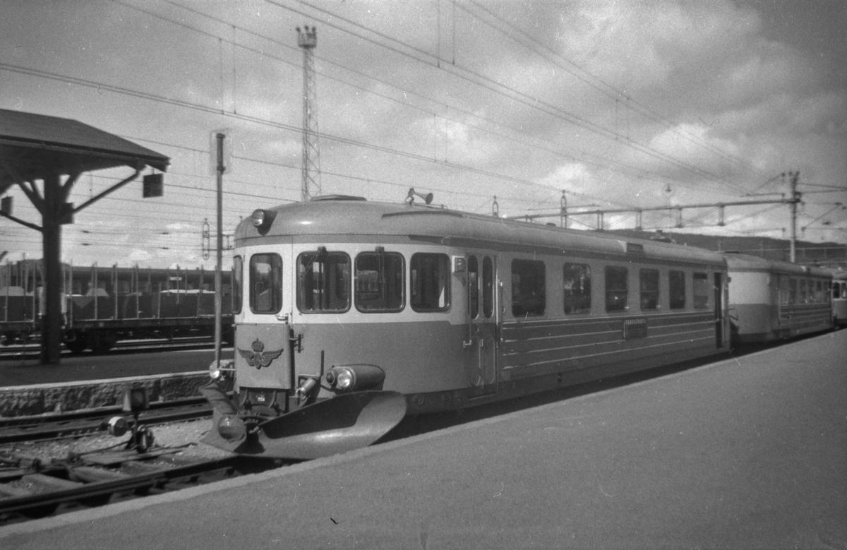 Dieselmotorvogn type Y6 på Östersund stasjon, Sverige