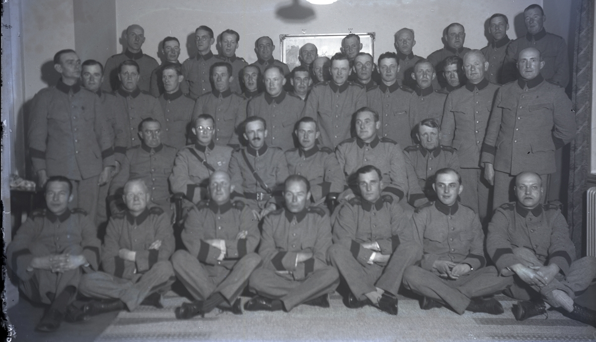 Gruppbild på inkallade efter mobiliseringen 1939.
