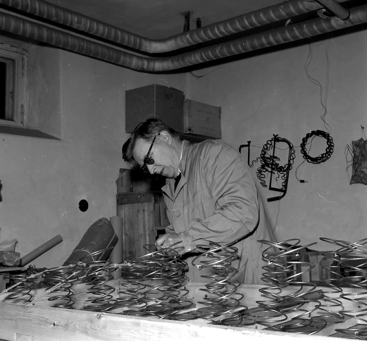 Arild Rustad,Rena - i arbeid med stopping av madrass