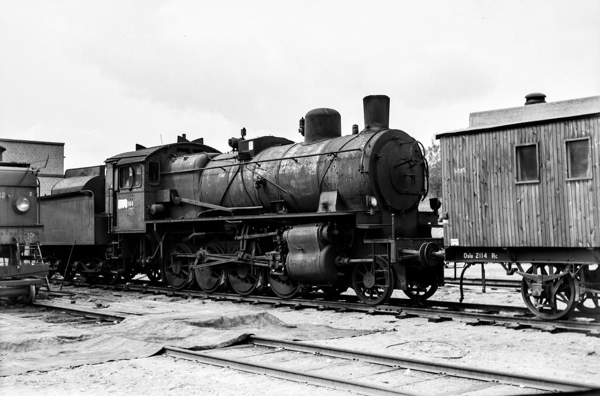 Utrangert damplokomotiv type 28a nr. 164 på Grorud Verksted.
