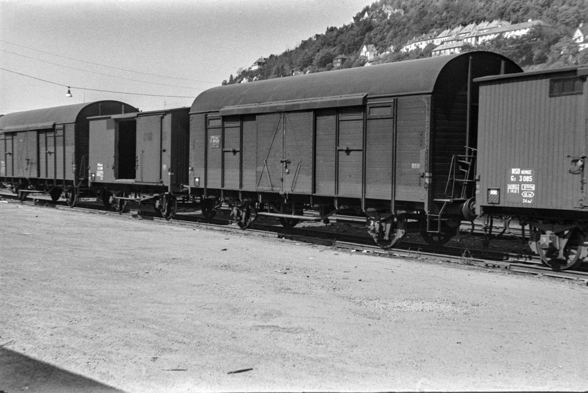 Godsvogner type G4 og G3 på Bergen stasjon.