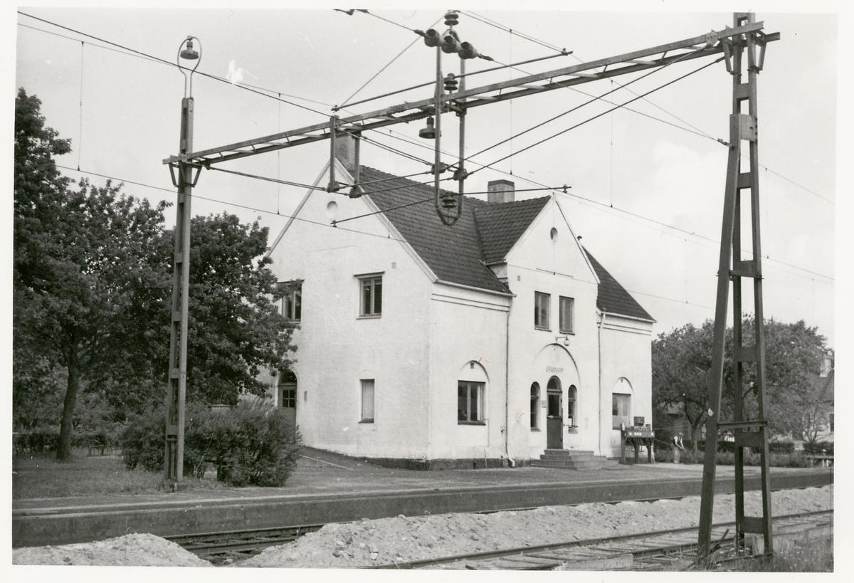 Brännarp stationshus 1960. Rivet sommaren 1961