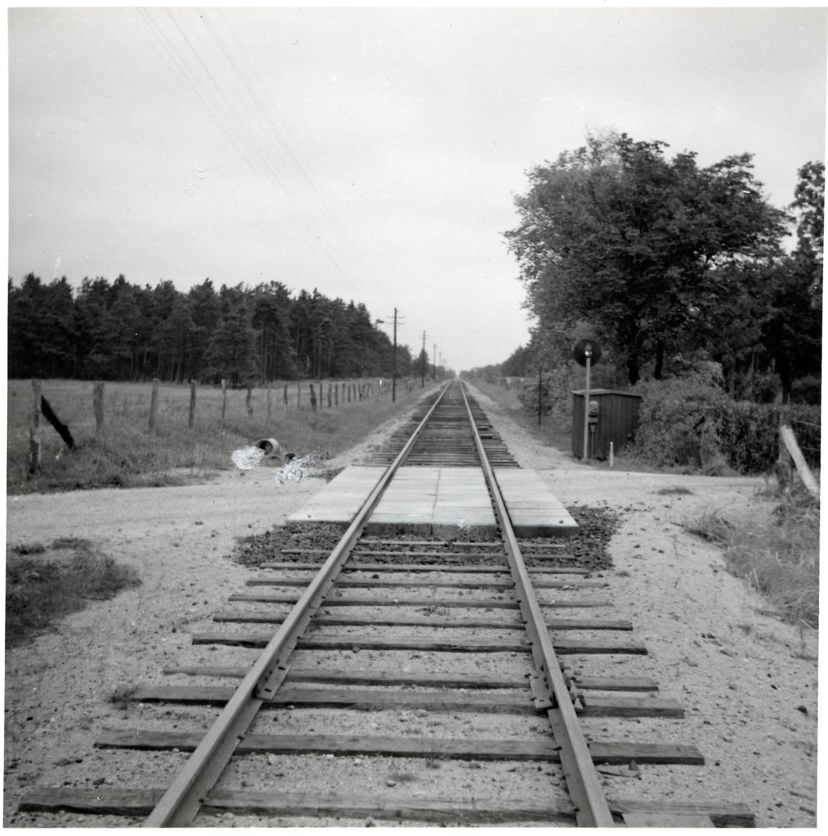 Järnvägsövergång vid Vannebergavägen vid Åhus, på sträckan mellan Rinkaby och Åhus.