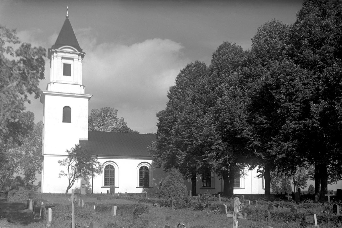 Kyrka i Borg är en typisk representant för det sengustavianska kyrkobyggnadsidealet med stort, ljust kyrkorum, sparsamt utsmyckad, kort sagt en kyrka för predikan. Kyrkan påbörjades 1801 och stod färdig att brukas efter två års byggtid. Som ansvarig för byggnationen anlitades den välrenommerade byggmästaren Casper Seurling.