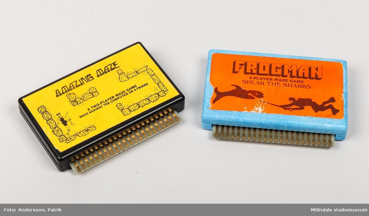 Kassetter (Cartridges) till Commodore VIC-20 med med ett spel per kassett. Spelen går även att köra på Commodore 64.   VIC-20 var Commodores första riktiga hemdator. VIC-20 började säljas i Sverige 1981.