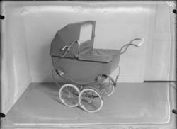 Barnvagn, 128