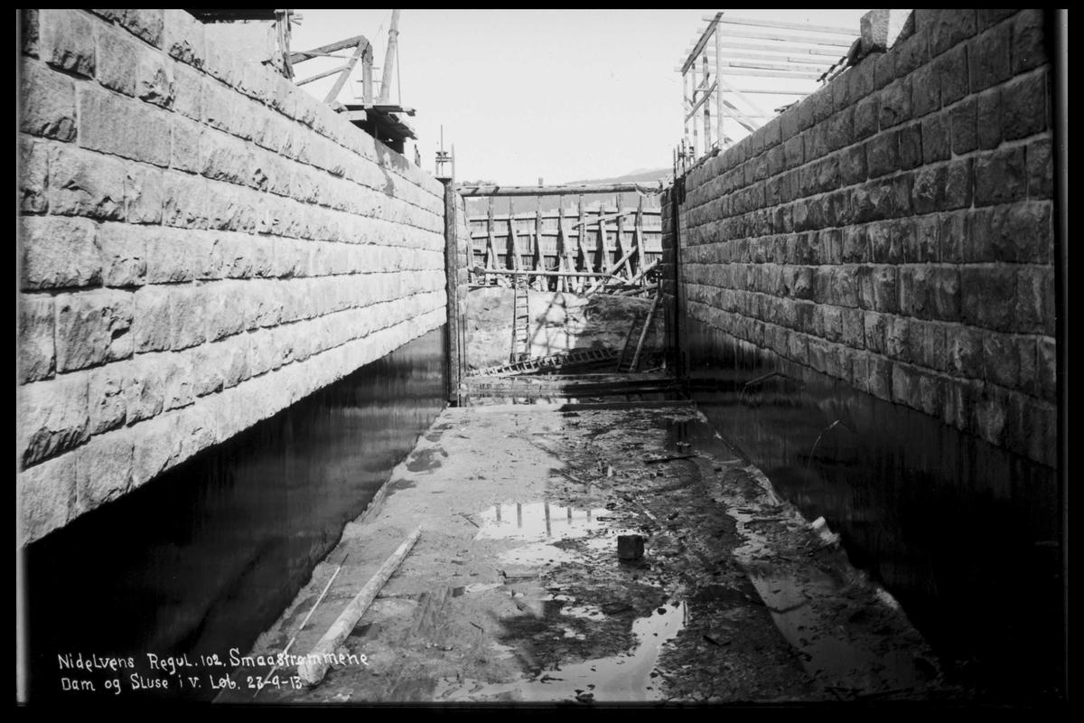 Arendal Fossekompani i begynnelsen av 1900-tallet CD merket 0565, Bilde: 54 Sted: Nisser Beskrivelse: Regulering Småstraumene
