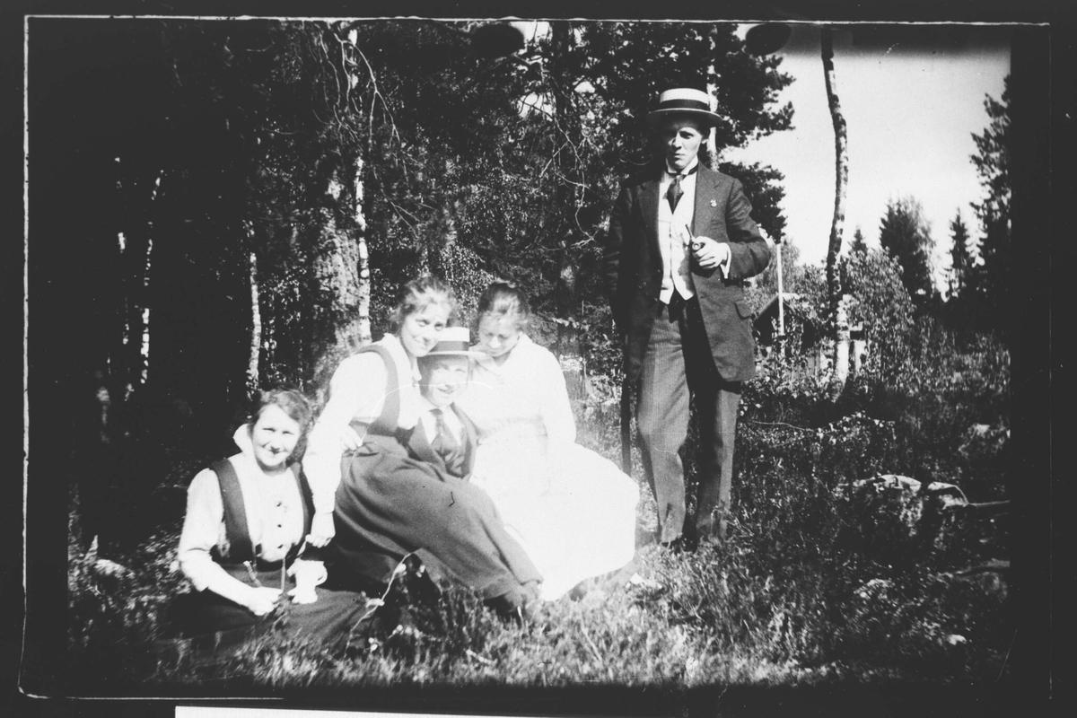 Kristian Damhaug til høyre.