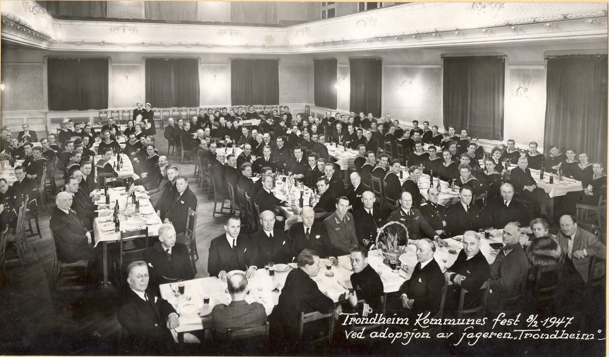 Jageren KNM Trondheims adopsjonsfest. 8. rfebruar 1947