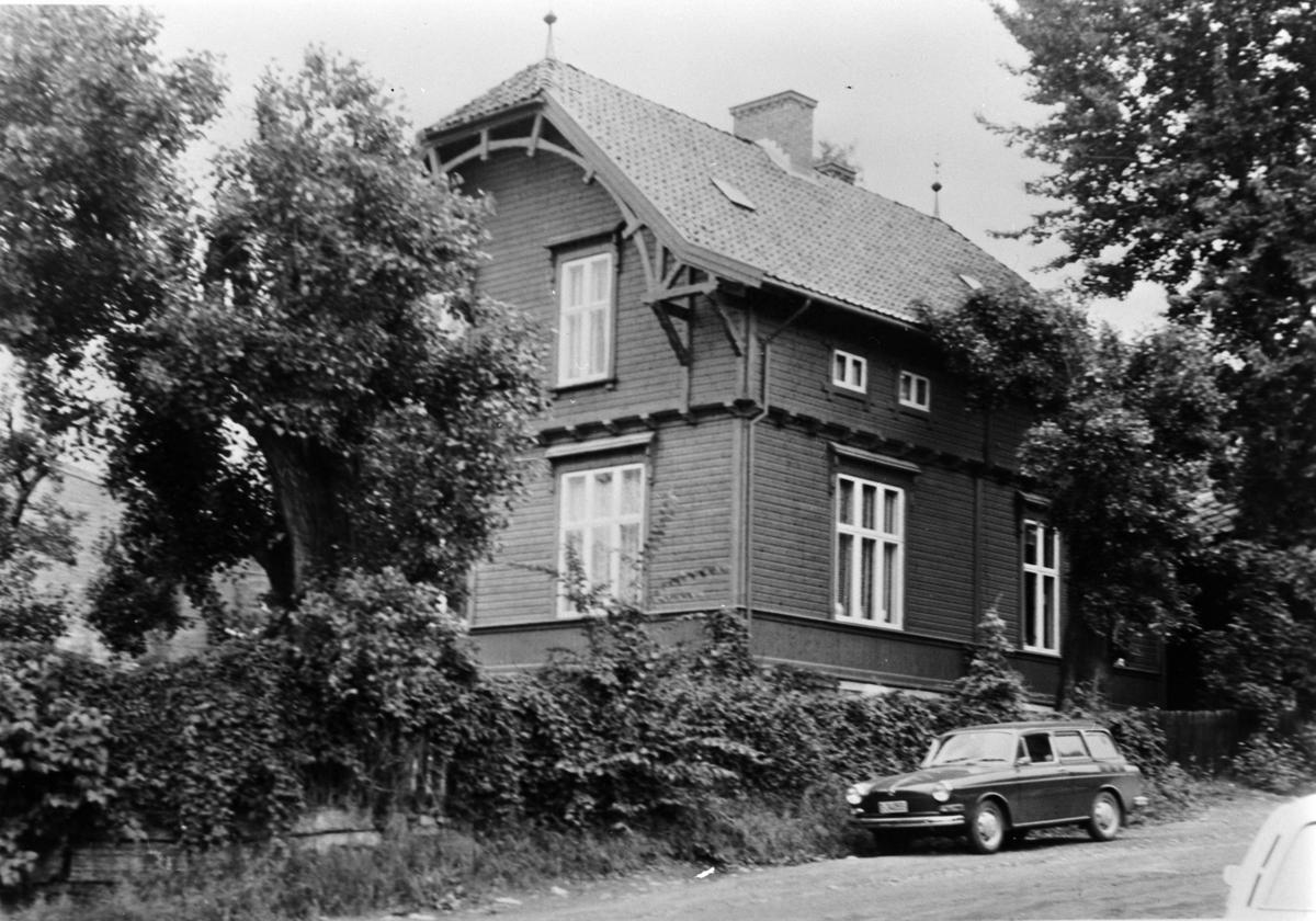 EKSTERIØR, STANGEVEGEN 14
