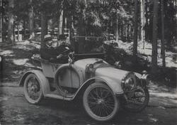 Herrer i en Clement Talbot, Arvika 1916.