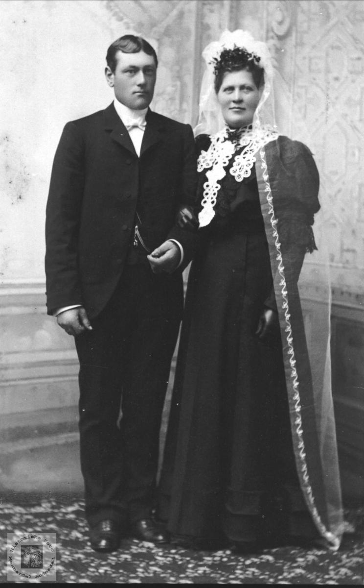 Brudeparet Peder og Anna Dahl .