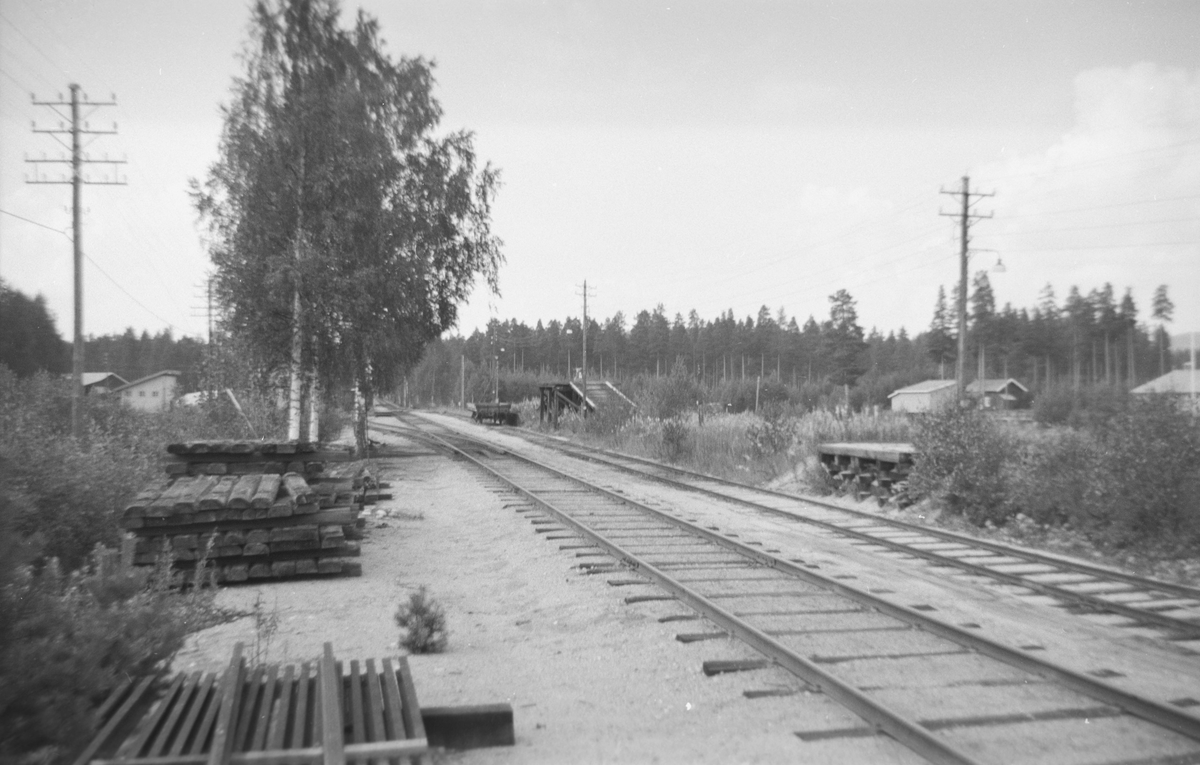 Ved Kløftefoss stasjon.