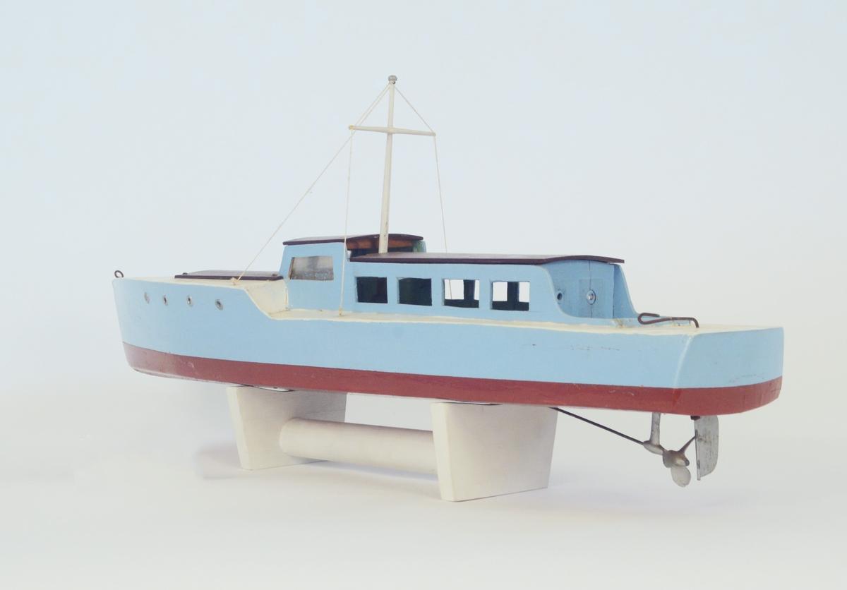Modell av båt.