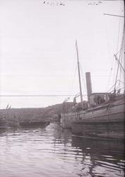"""Enligt text som medföljde bilden: """"Nya Varfet. Minfartyget """""""