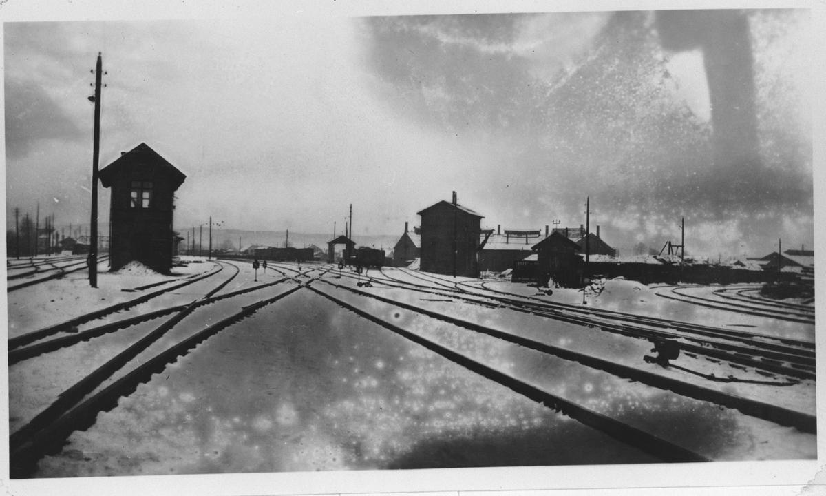 Spor og stillverk ved Lillestrøm stasjon.