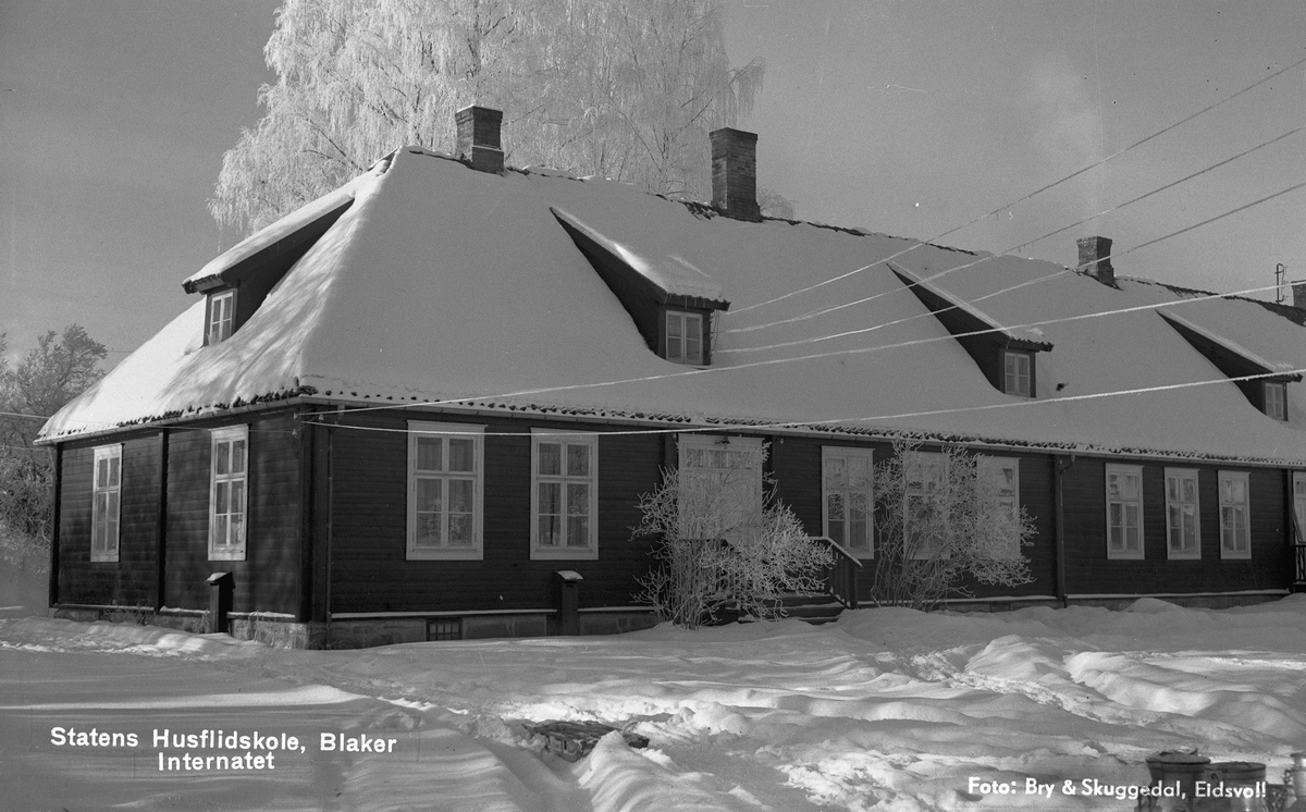 Statens Husflidsskole, Blaker. Internatet.