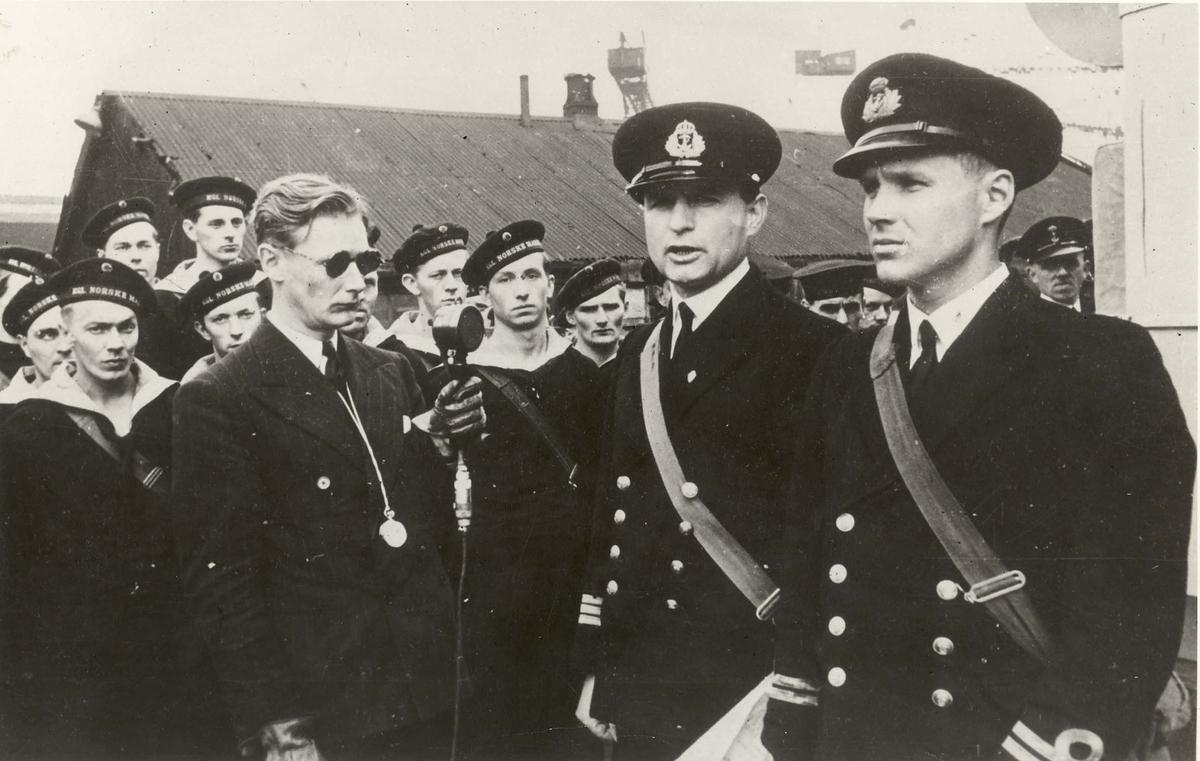 """Jageren """"Eskdale"""" , kommandoheis 20/07 1942."""