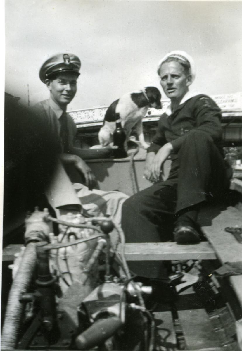 Album Ubåtjager King Haakon VII 1942-1946 Forskjellige bilder. Johs Thorsen Wisky og Nyhus.